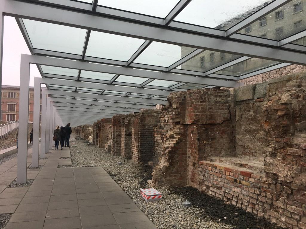 Berlin Wall | 48 Hours in Berlin | Things to do in Berlin | TheWeekendJetsetter.com