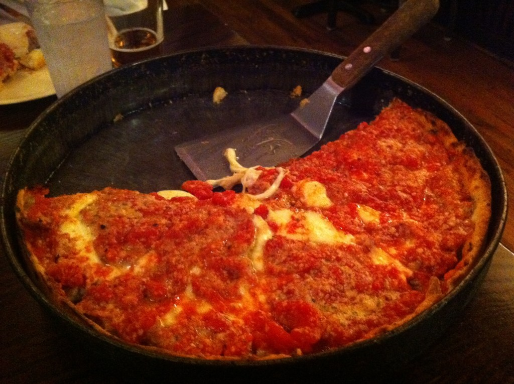 Lou Malnati's - Photo by Carlos Pacheco on Flickr https://flic.kr/p/acBiVP