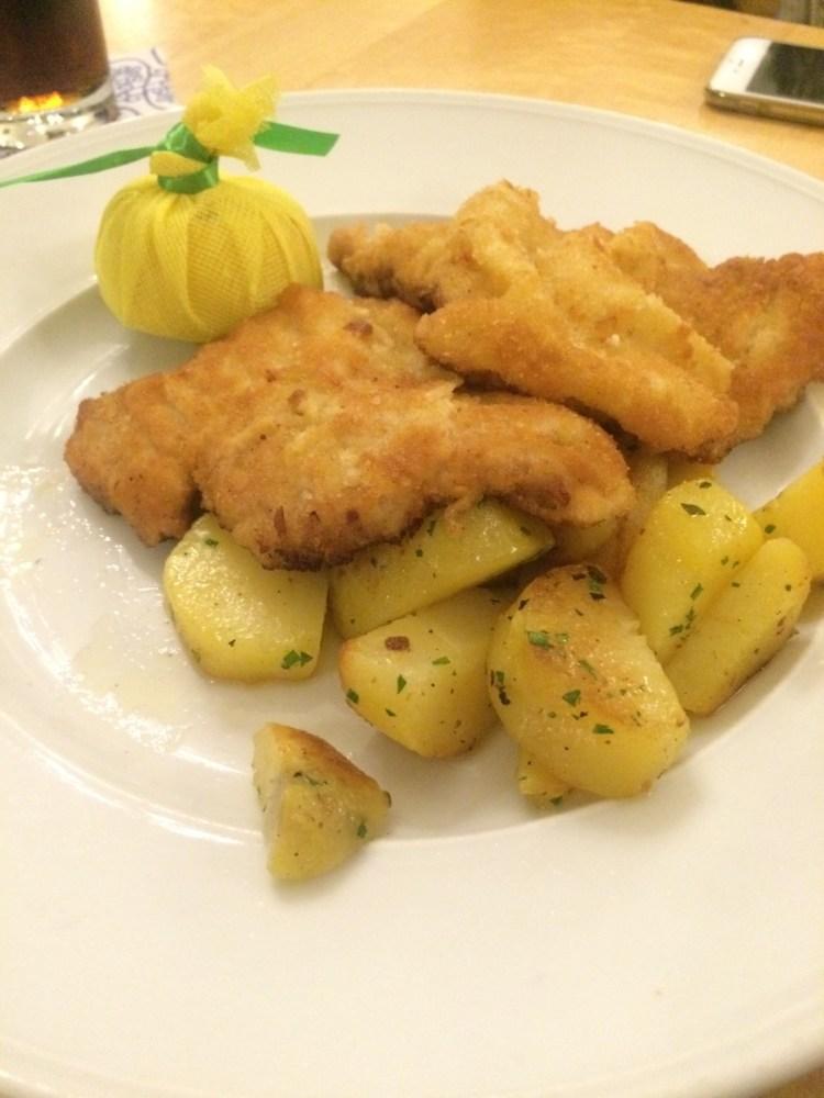 Ine's veal schnitzel