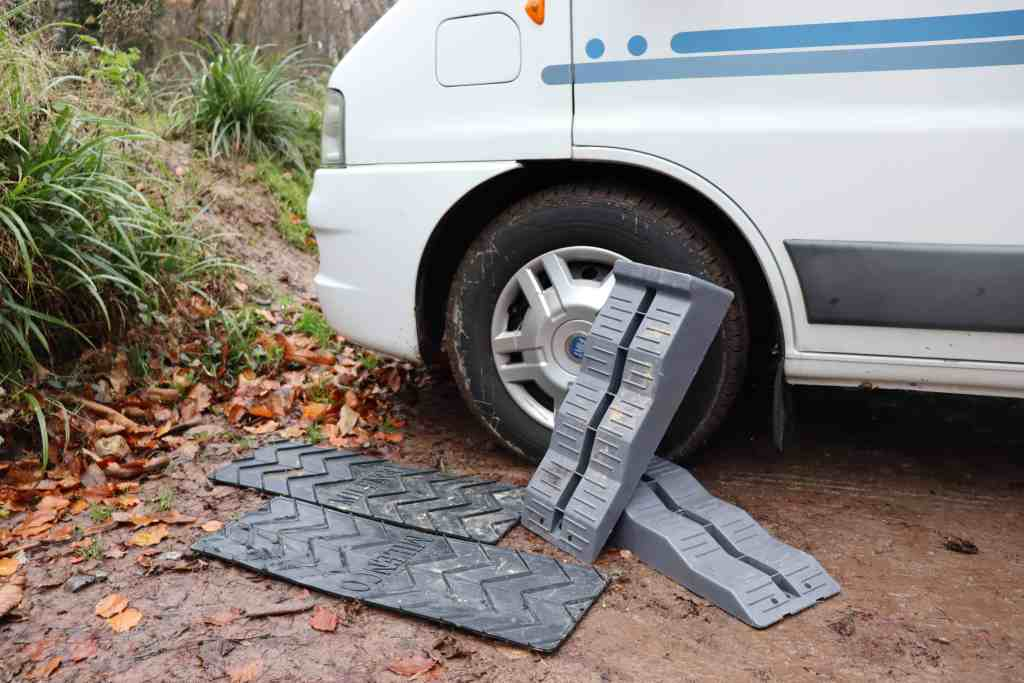 traction mats and leveling chocks