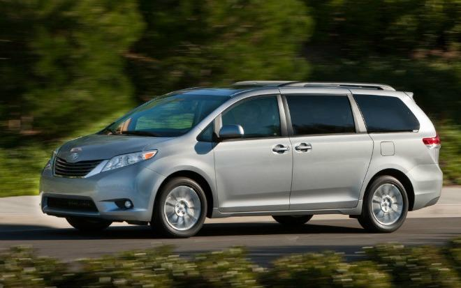 REVIEW: 2016 Toyota Sienna, minivan for all or one