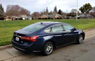 2017 Toyota Avalon Hybrid: Stylishly efficient