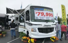 RV industry awash in chaos; readers, advocate speak up