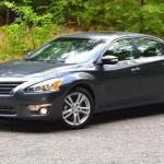 2013 Nissan Altima: A Kelley Blue Book top-10 family car