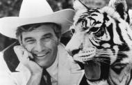 Cal Worthington, car salesman, animal lover, comedian, dies at 92