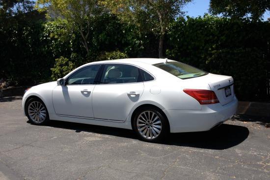 2014 Hyundai Equus: Luxury, value for comfy sedan
