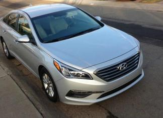 The 2015 Hyundai Sonata Eco has a seven-speed automatic transmission.