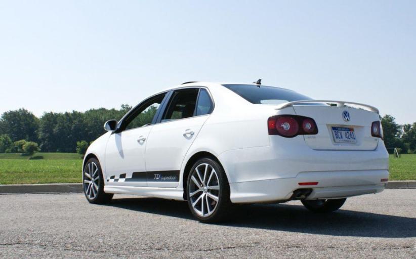 2014 Volkswagen Jetta TDI: Thrifty, sleek, quiet