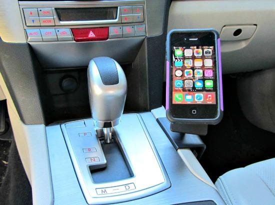 PRODUCT REVIEW:  ProClip offers simple, safe iPhone car use
