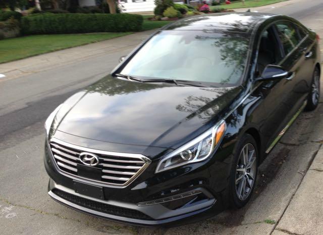 2015 Hyundai Sonata: Luxury attitude, value price 3