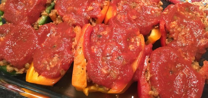 Healthy Stuffed Peppers with rice, turkey, veggies and lentils