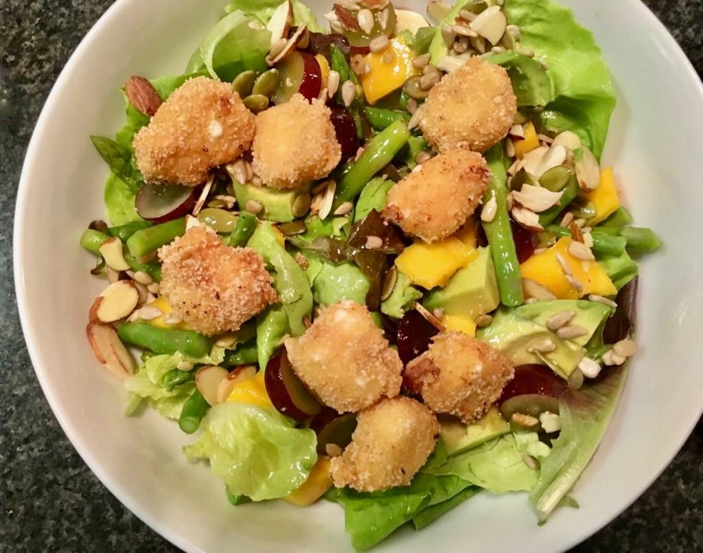 mango seasonal salad with fried goat cheese croutons