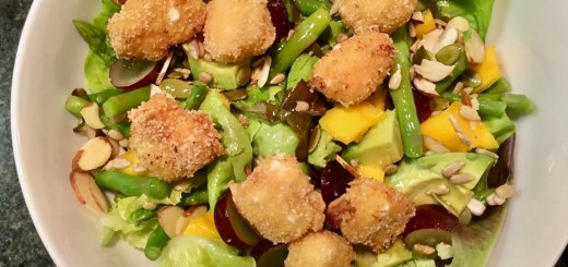 mango seasonal salad with fried goat cheese croutons