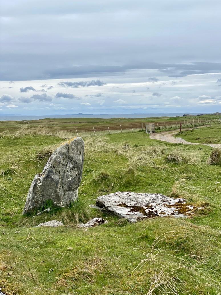 Standing stone, Crossapol, Coll
