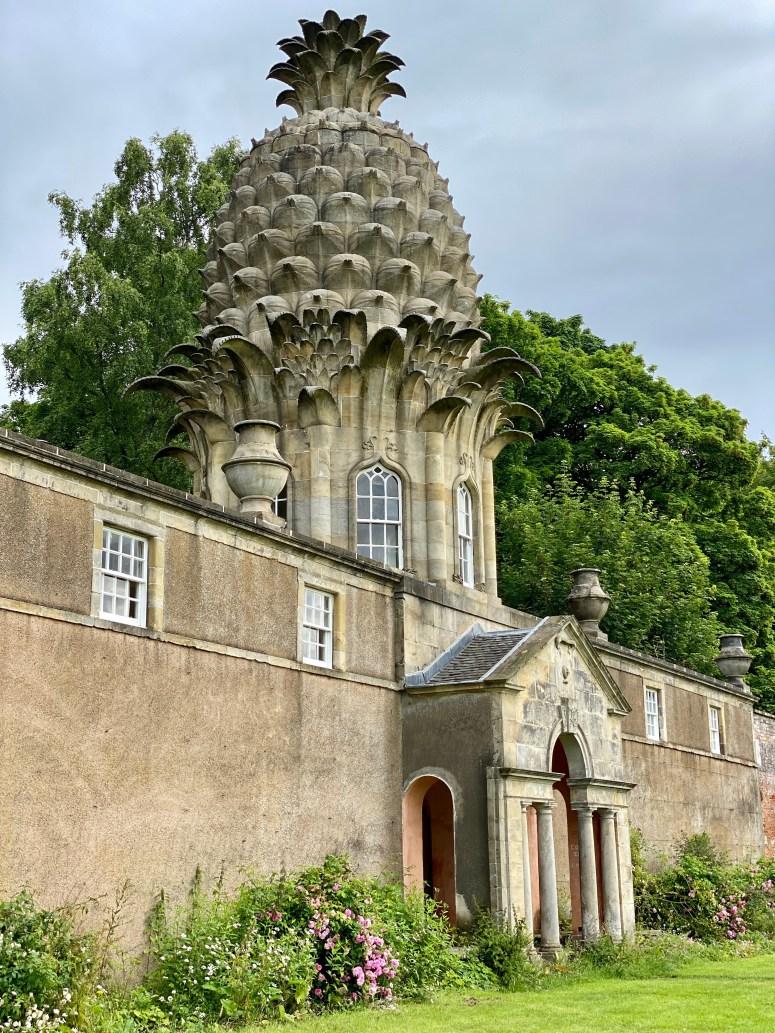 Exploring Falkirk Bo'ness Dunmore Pineapple