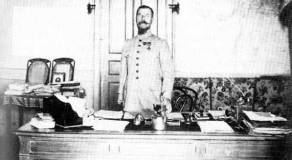 French General Henri Gouraud, commander of the French forces in Syria, 1920.