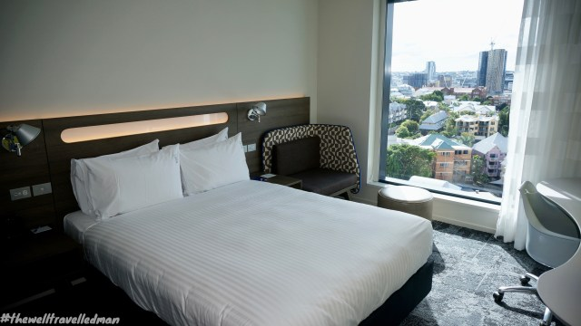 thewelltravelledman holiday inn brisbane express