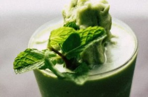A Smoothie Love Affair: How Green Smoothies Changed my Life!