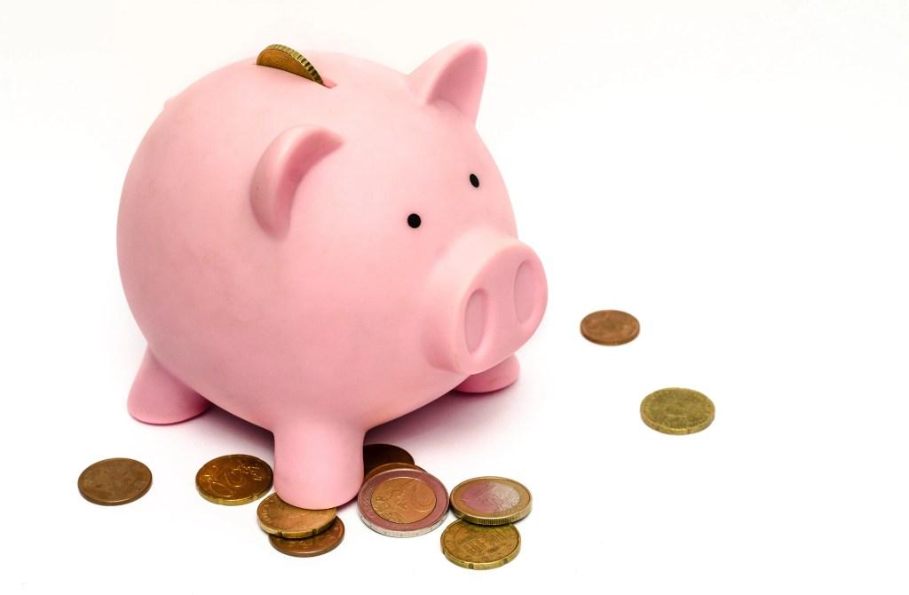 savings, finances, piggy bank