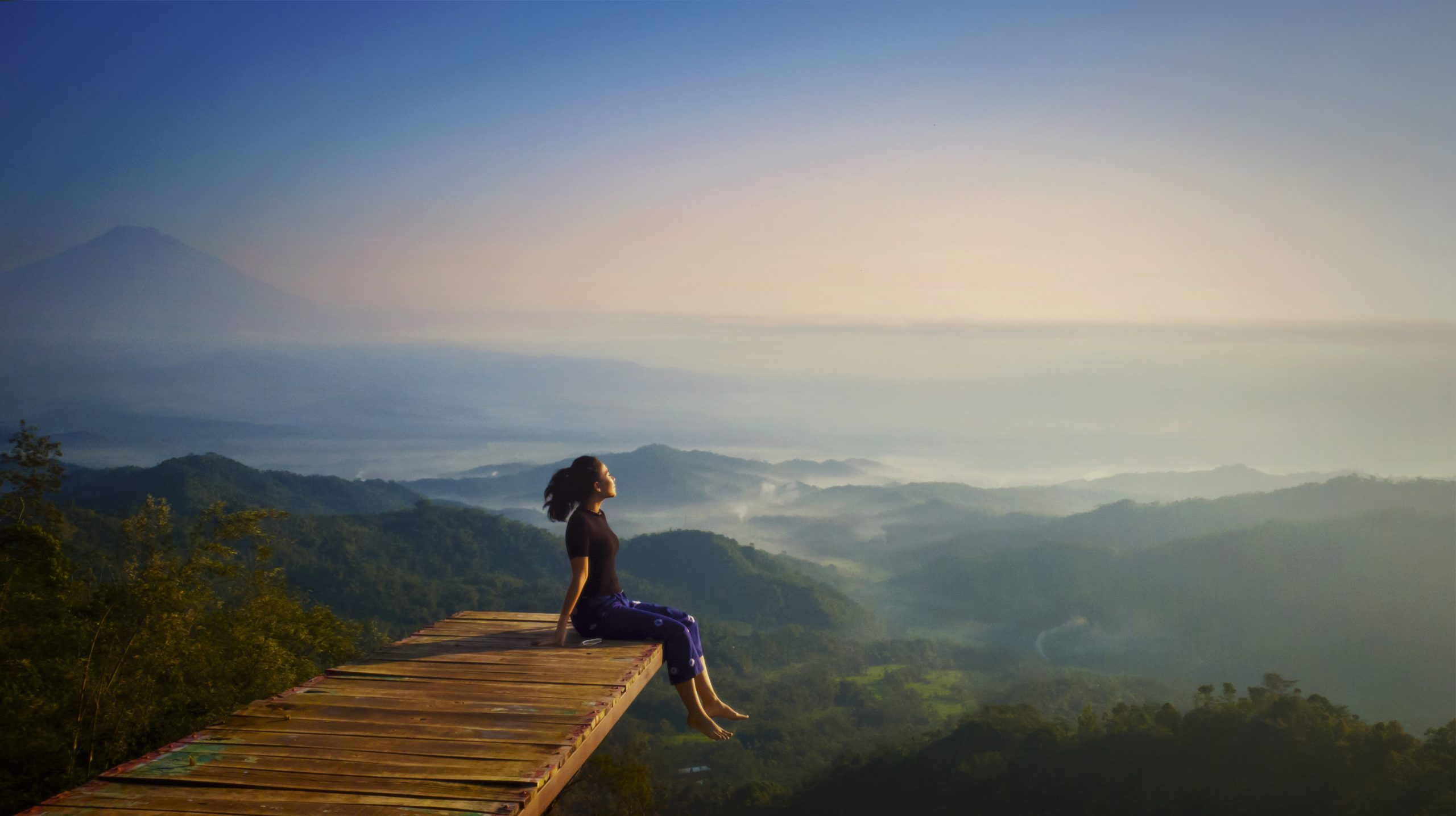 Read more about the article The Power of the Pause: 5 Ways to Add a Little Space in Your Life
