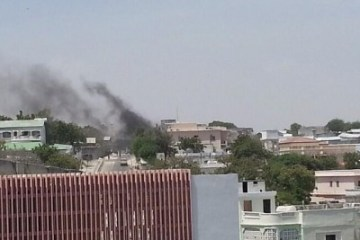 """""""Somali presidential palace in Mogadishu comes under attack"""""""