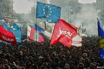 """Unwilling EU shifts course towards sanctions on Ukraine"""