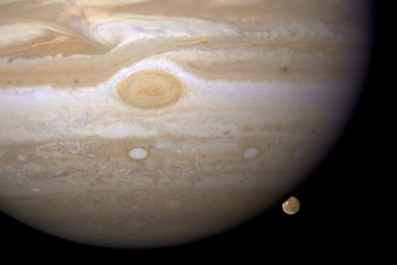 The possibilities of life within Jupiter moon Ganymede