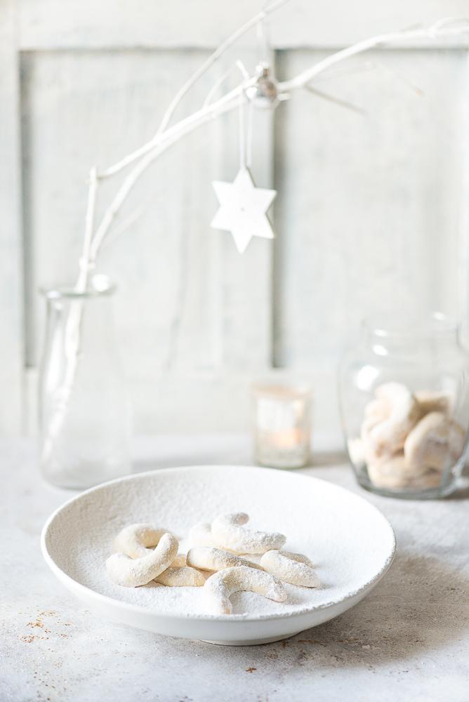 Vanillekipferl Vanilla Almond Crescent Cookies
