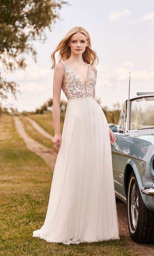 mikaella lace and tulle gown a-line