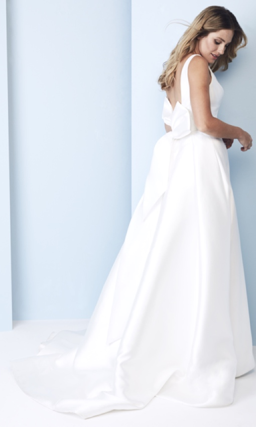 anne barge blue willow wedding dress