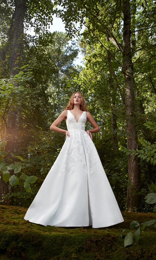 V-neck Jacquard aline gown