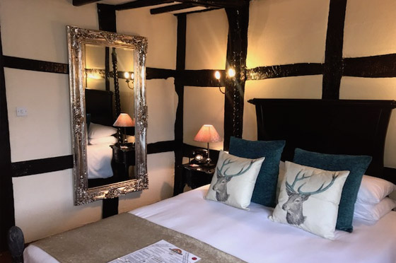 Sumptuous accommodation at the White Swan Hotel in Henley in Arden