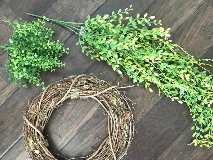 Faux Boxwood Wreath SUPPLIES