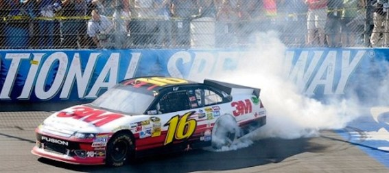 greg-biffle-celebrates-his-victory-in-michigan-august-2012