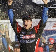 trevor-bayne-celebrates-win-at-daytona-500