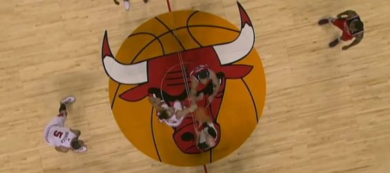 chicago-bulls-center-court-tipoff
