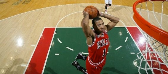 derrick-rose-slam-dunk-for-chicago-bulls