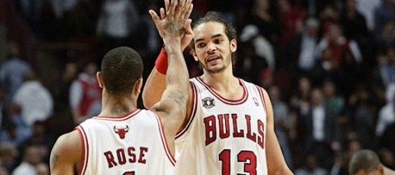 joakim-noah-and-derrick-rose-celebrate-with-chicago-bulls