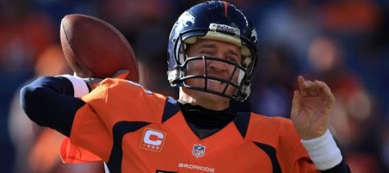 peyton-manning-throws-for-denver-broncos