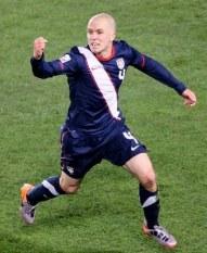 michael-bradley-of-usa-celebrates-second-goal-vs-slovenia-world-cup