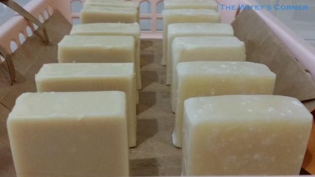 Left: Green Tea Blossoms CP Soap (darker colour) Right: Jasmine - Rose CP Soap