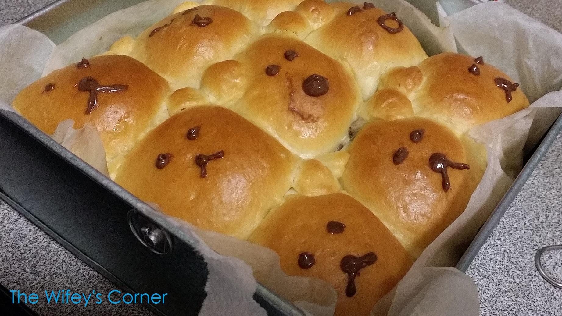 Bear Wannabe (ᵔᴥᵔ) Pull Apart Bread