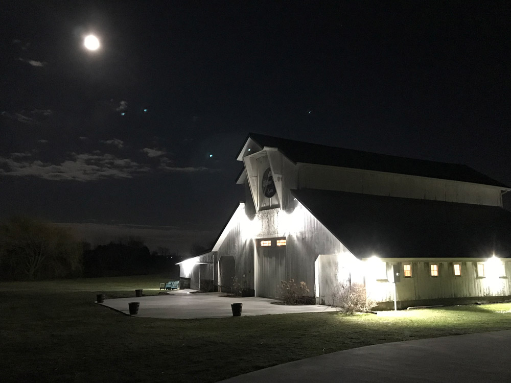 Venue - The Willow Creek Barn