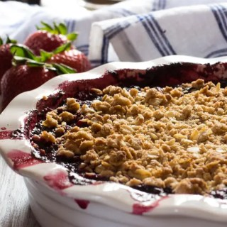 Farmhouse style crumble loaded with strawberries and blueberries, with just a hint of hibiscus tea. Topped with an oats crumble.