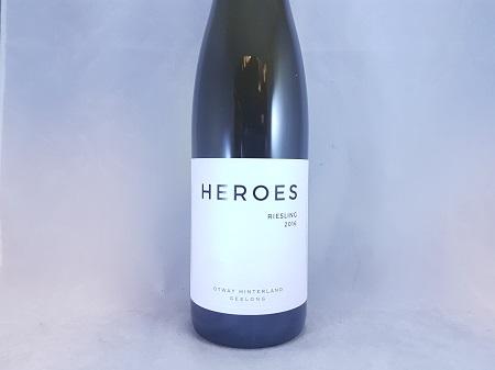 Heroes Vineyard Geelong Riesling 2017