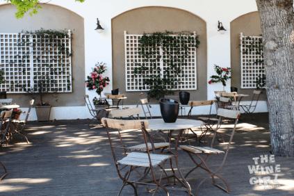 warwick tasting-room-under-trees