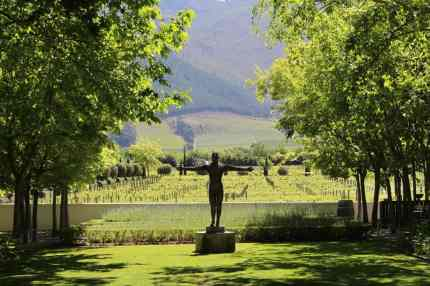 Grande-Provence-nougat-and-wine-pairing gardens