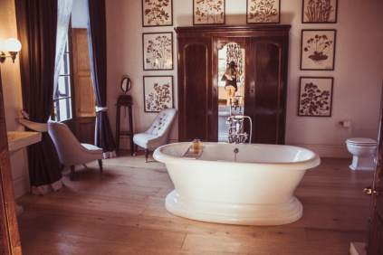 Anthonij Rupert Wyne Manor House bathroom accommodation