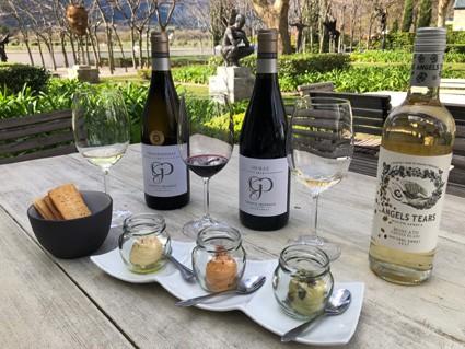 grande provence hummus and wine pairing