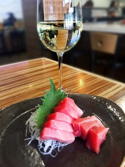 Chutoro and Charles Krug Sauvignon Blanc - Mikuni Sushi